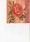 Ruža na poprakanom podklade